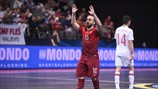 Ricardinho's latest masterpiece - video